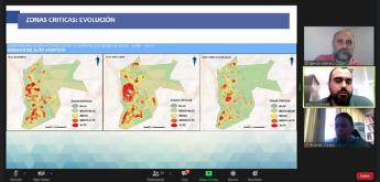 La imagen muestra una captura de pantalla del seminario virtual, donde aparecen mapas de calor.